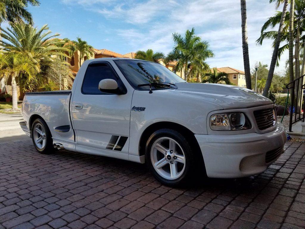 Always garaged 2004 Ford F 150 custom