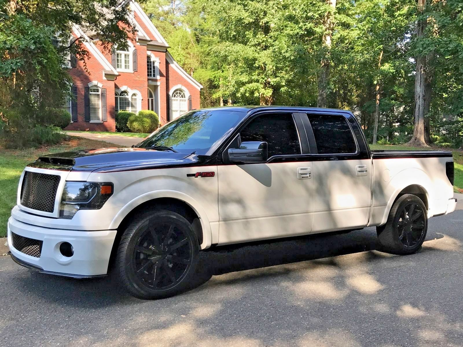 many modifications 2014 ford f 150 fx4 custom truck for sale. Black Bedroom Furniture Sets. Home Design Ideas