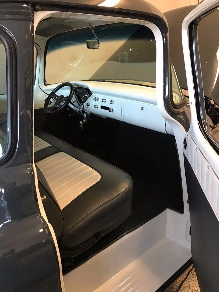 super clean 1955 Chevrolet Pickups 3100 custom