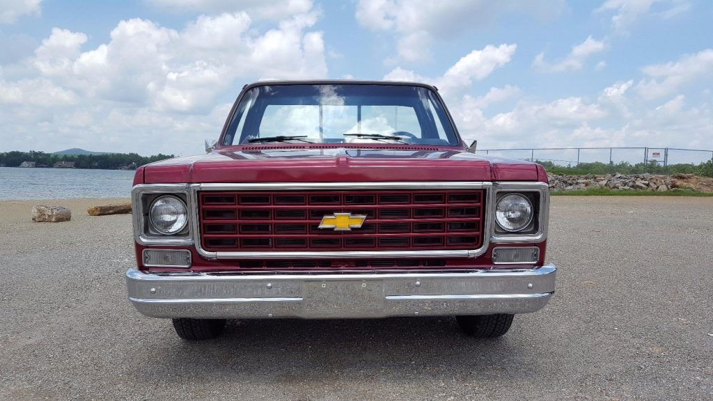 flawless paint 1977 Chevrolet C 10 custom truck