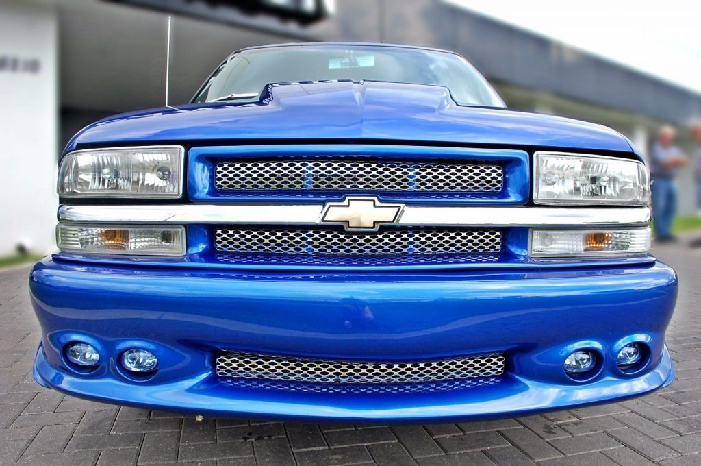 loaded 2001 Chevrolet S 10 Chrome custom truck
