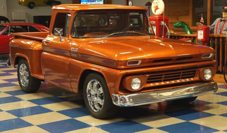 very nice 1962 Chevrolet C 10 Stepside custom truck