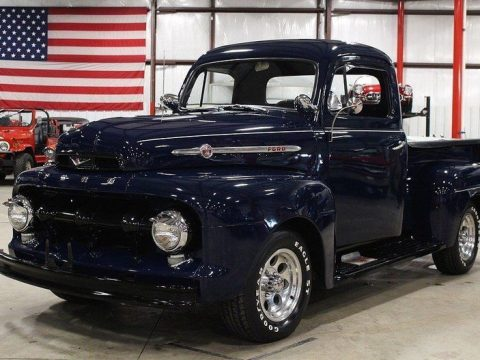 cool features 1952 Ford Pickup custom for sale