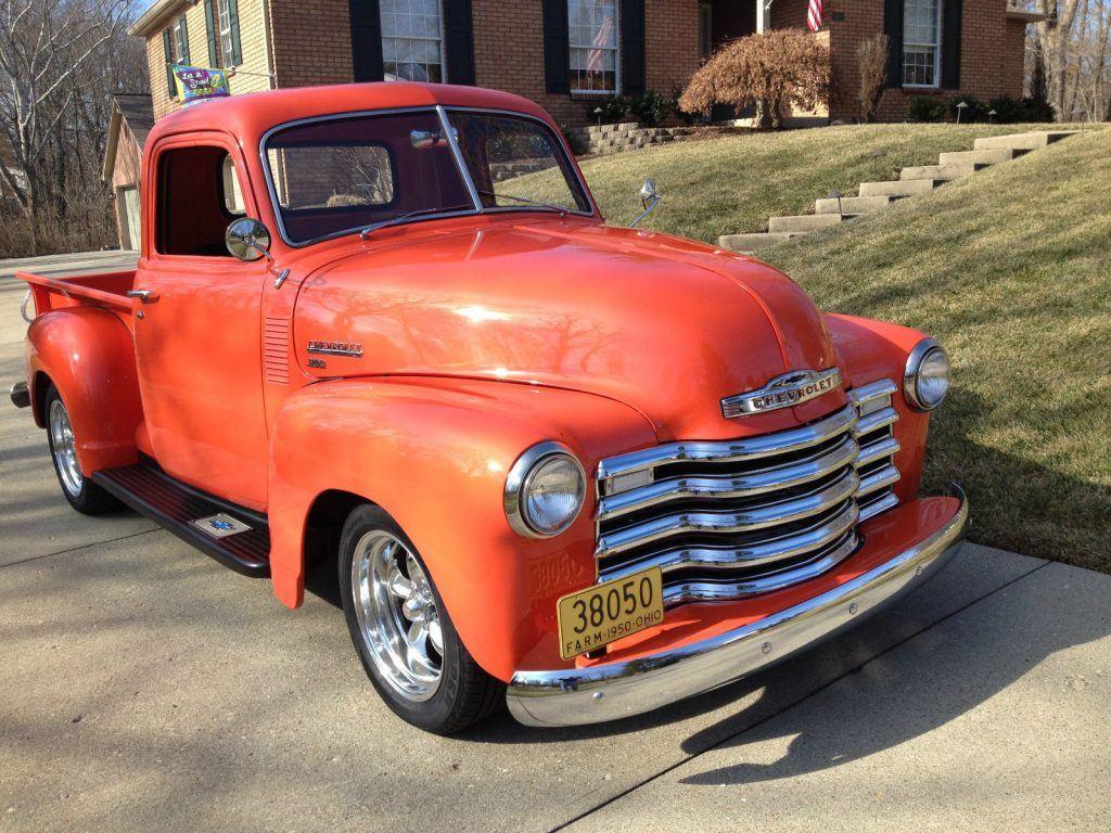 show stopper 1950 Chevrolet pickup vintage