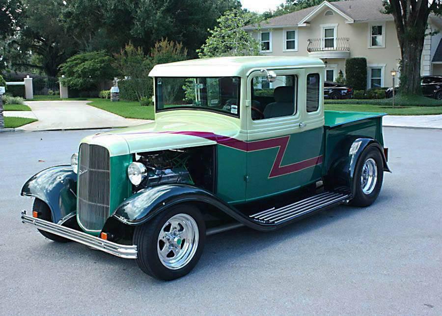 older build 1933 Ford Pickup custom