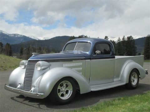 show stopper 1937 Studebaker Coupe Express custom truck for sale