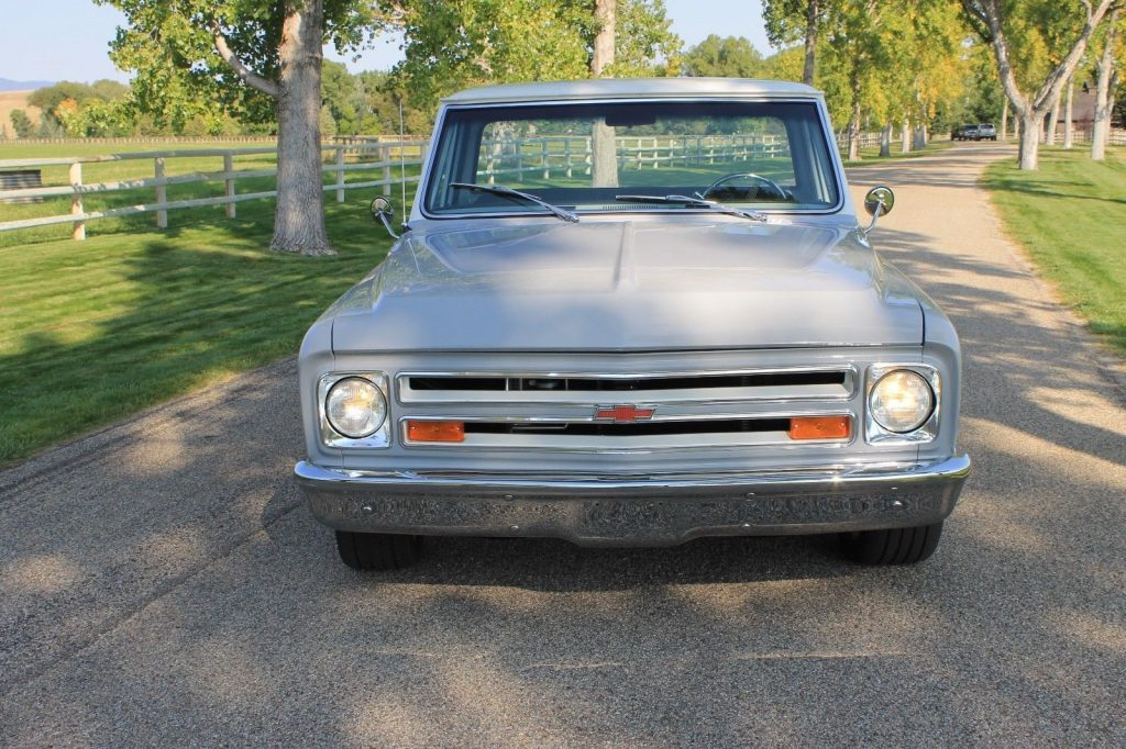 Absolutely beautiful 1969 Chevrolet C 10 custom pickup