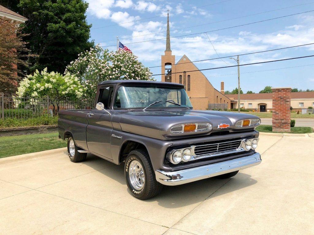 upgraded 1960 Chevrolet Pickups Apache custom