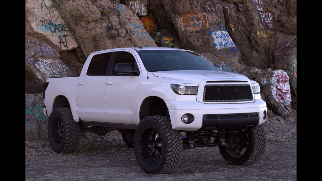 nicely modified 2010 Toyota Tundra custom