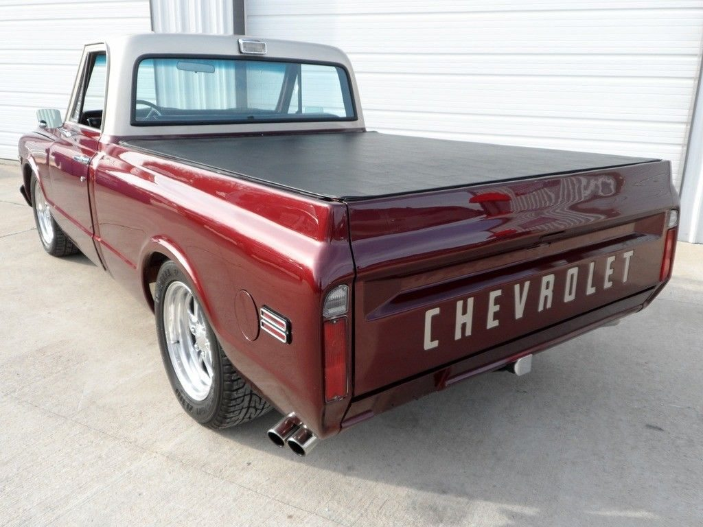 fuel injected 1969 Chevrolet C 10 custom