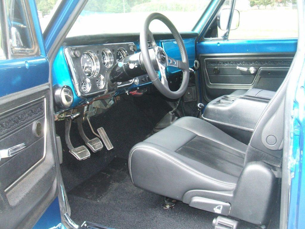 lifted 1972 Chevrolet C/K Pickup 3500 custom