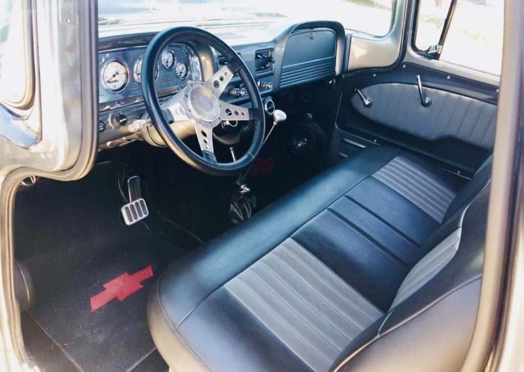 restomod 1963 Chevrolet C 10 Stepside pickup custom