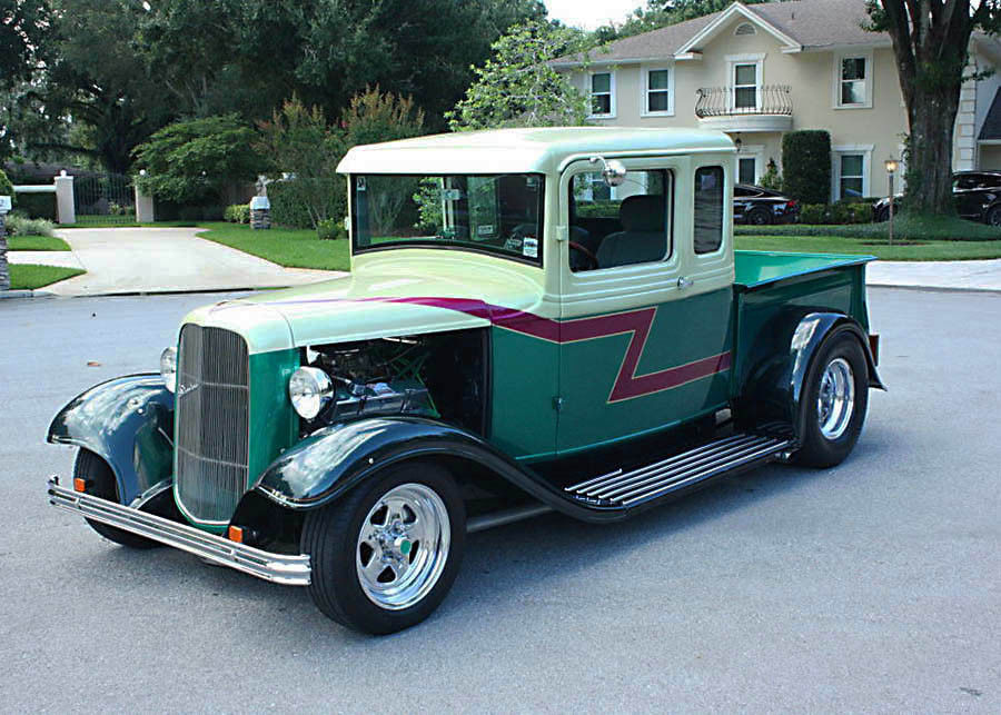 fast and smooth 1933 Ford Pickup custom