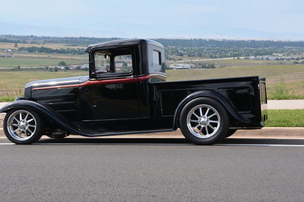 nicely modified 1934 Ford Pickup custom