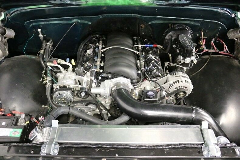 Restomod 1972 Chevrolet C 10 pickup custom