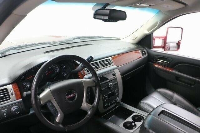 lifted 2013 GMC Sierra 1500 SLT pickup custom