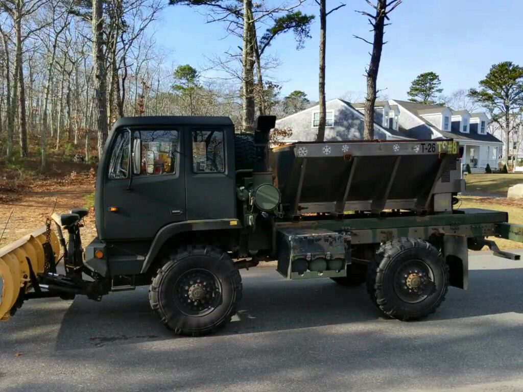 shortened 1997 Stewart & Stevenson M1078 custom truck