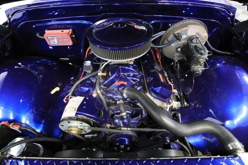 Restomod 1972 Chevrolet C 10 custom