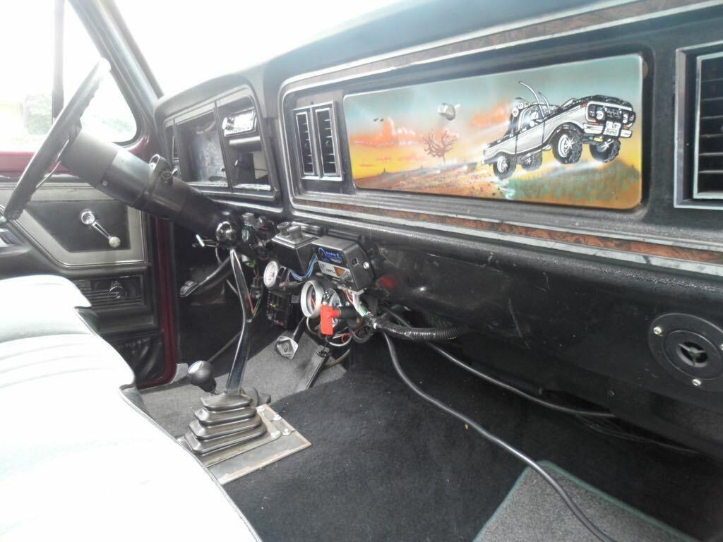 lifted 1979 Ford F 150 Ranger Lariat pickup custom