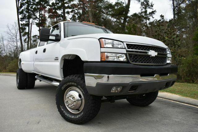 lifted 2005 Chevrolet Silverado 3500 DRW LS pickup custom