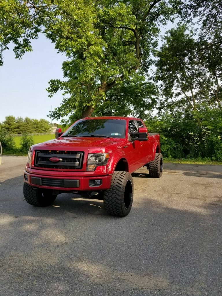 lots of mods 2013 Ford F 150 Fx4 custom