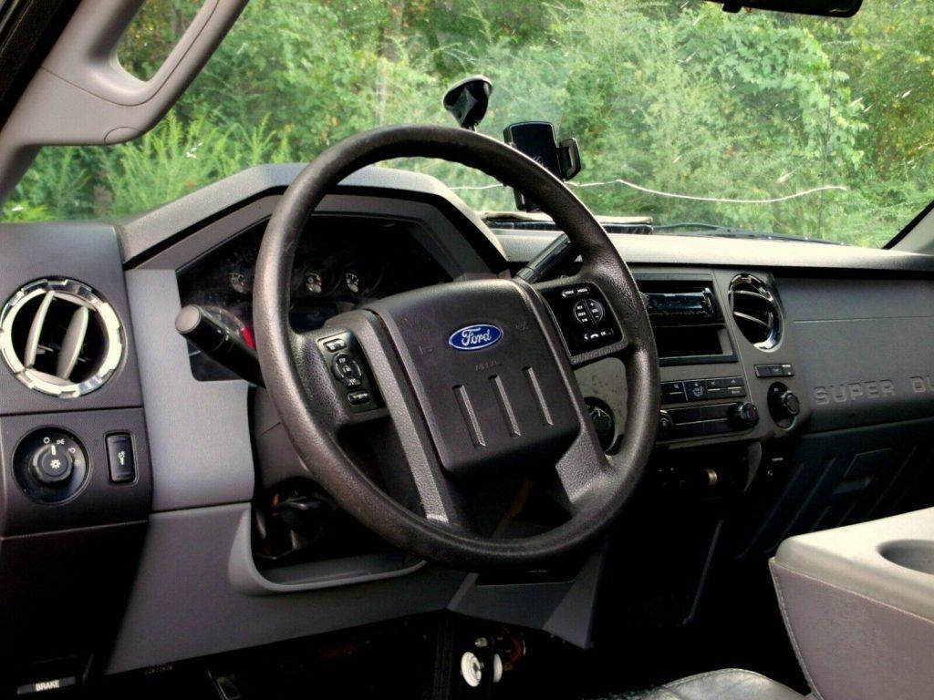 strong running 2011 Ford F 350 Super Duty custom