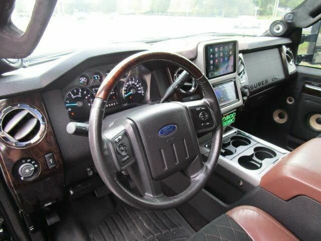 fully serviced and deatiled 2015 Ford F 350 Platinum custom