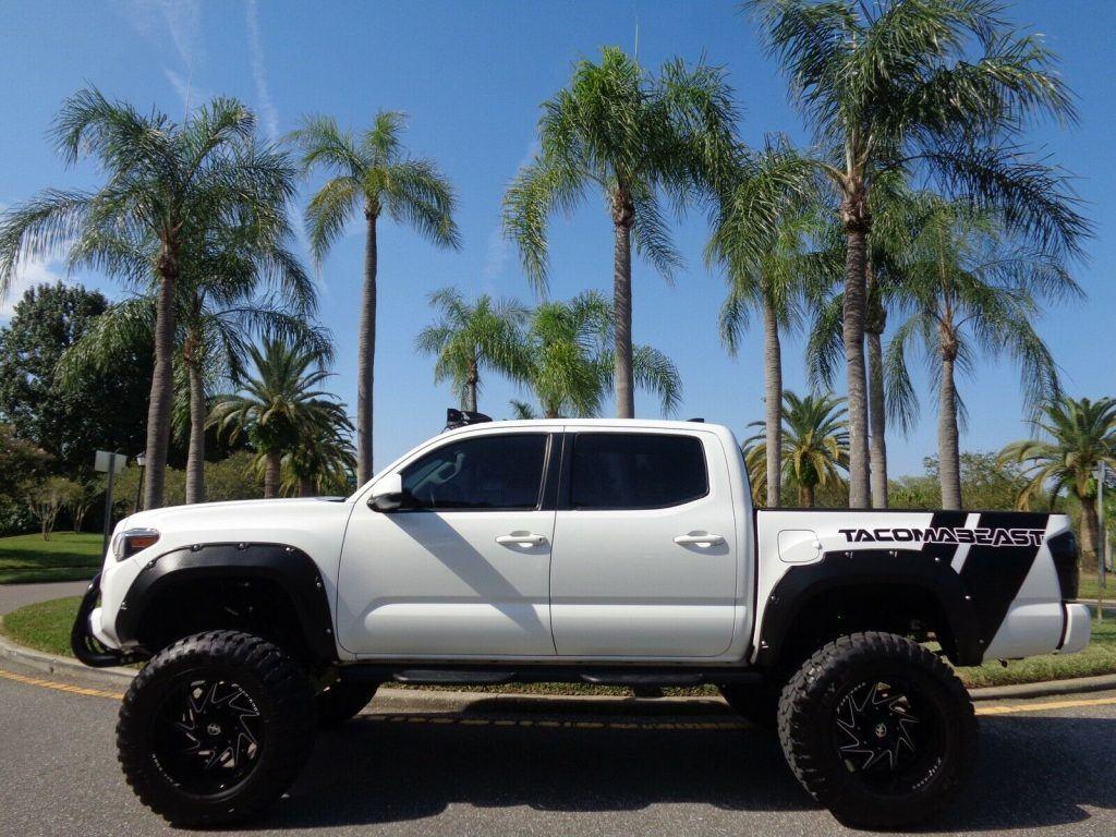 awesome beast 2017 Toyota Tacoma custom