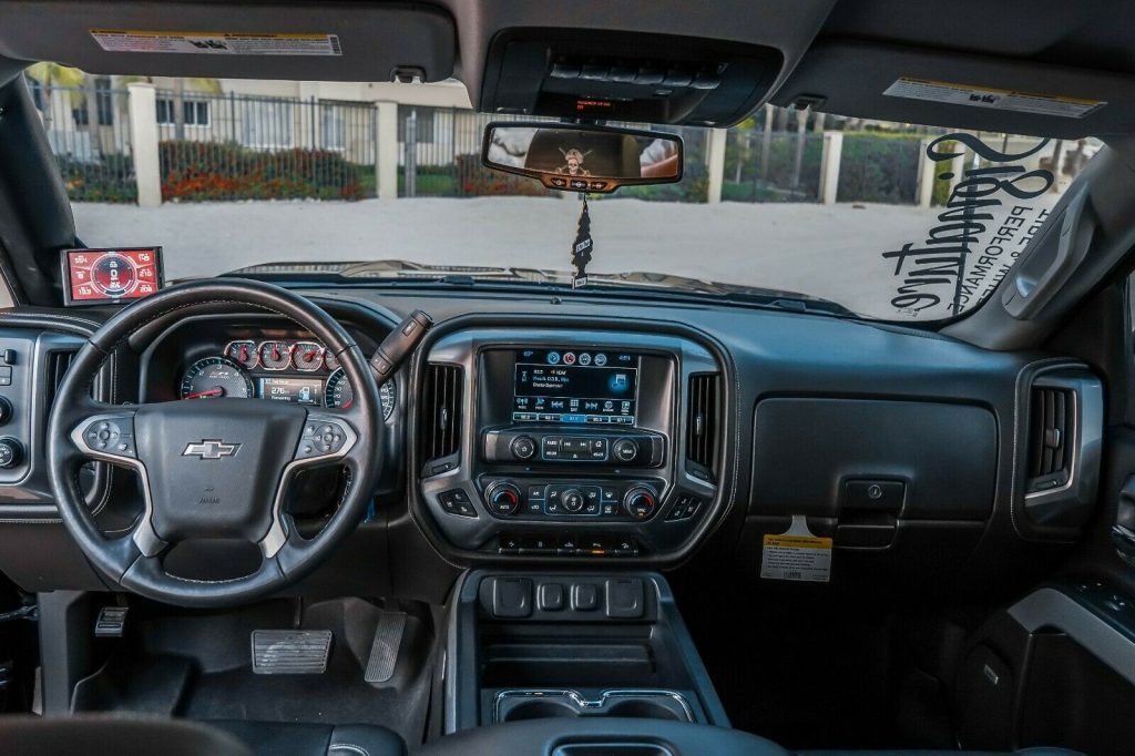 fully loaded 2017 Chevrolet Silverado 1500 LTZ Z71 Midnight Edition 6.2L custom
