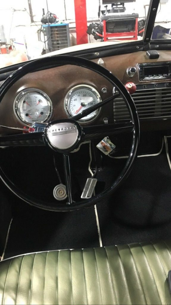vintage 1953 Chevrolet Pickup custom