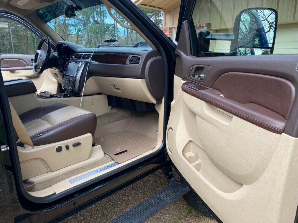 modified 2014 GMC Sierra 2500 custom