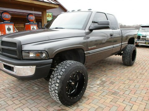 no rust 2002 Dodge Ram 2500 LARAMIE custom for sale