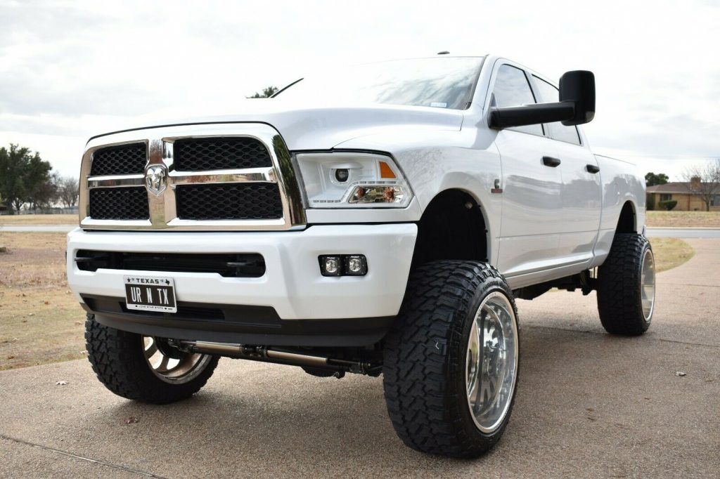 very clean 2016 Dodge Ram 2500 custom