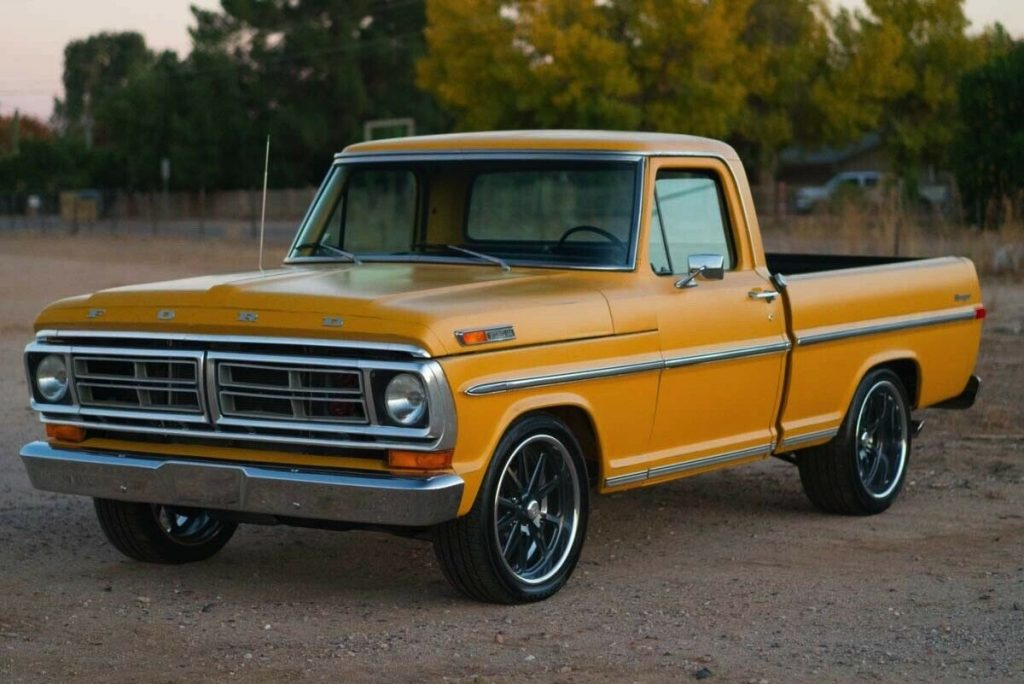 restored 1971 Ford 1/2 Ton Pickup Ranger custom