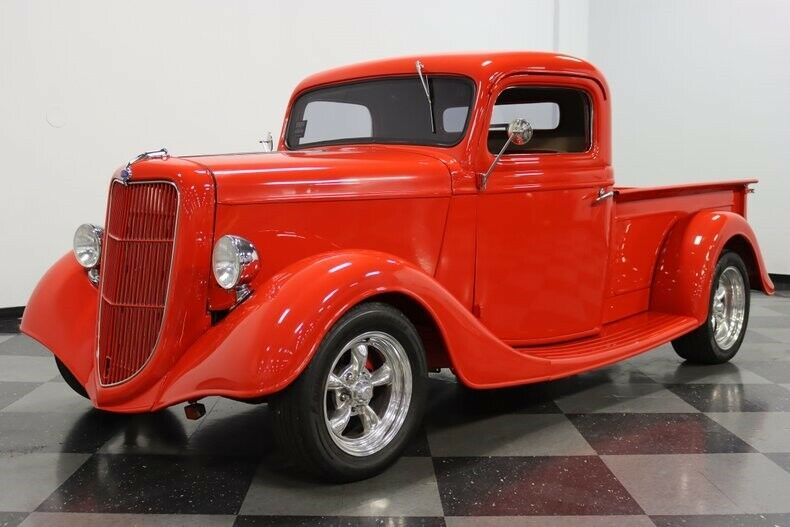 great paint 1935 Ford Pickup custom